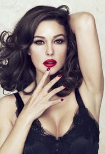 Monica_Bellucci_Dolce_and_Gabbana